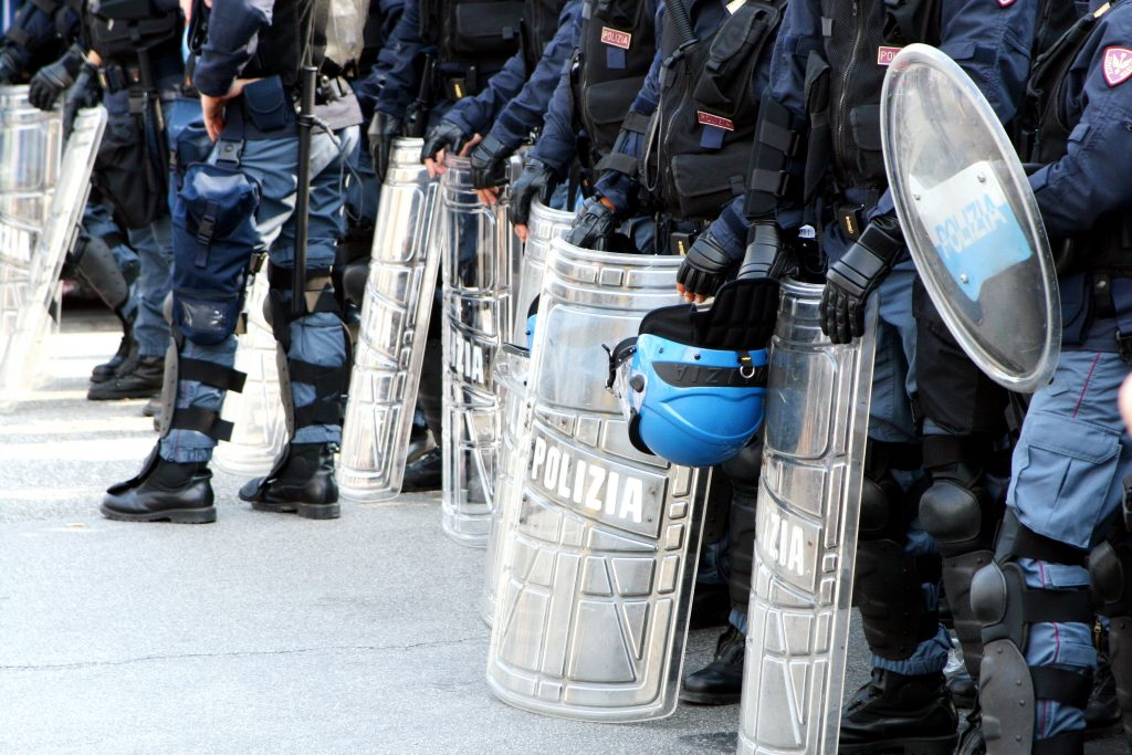 France-Tear-Gas-Protestors-Yellow-Jacket