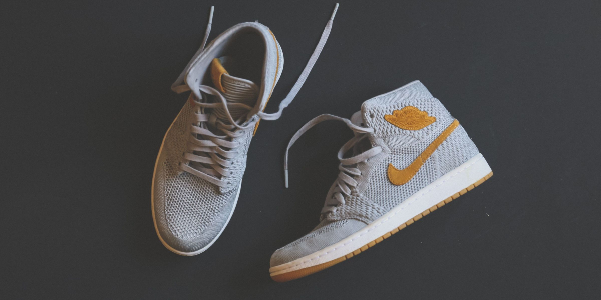 Guide to SNKRS App Bots and Limited Nike Drops | MobileSMS io