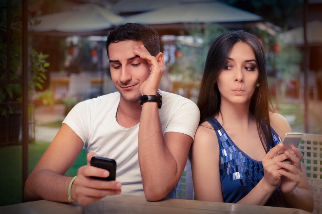 3 Reasons to Use Burner Phone Numbers on Internet